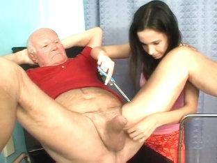 Chef reccomend vieux pervers avec jeune