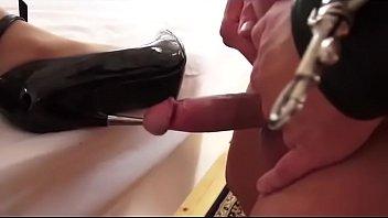 Heel down cock insertion