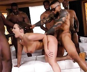 Wild K. recommendet person gangbang 10