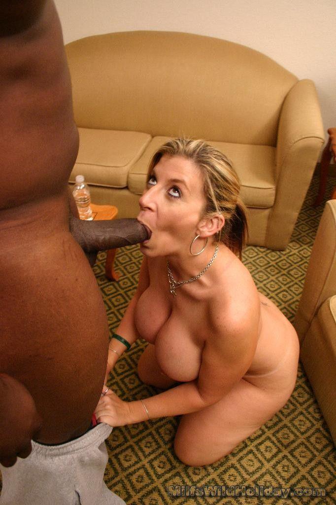 Milf african girl suck penis cumshot