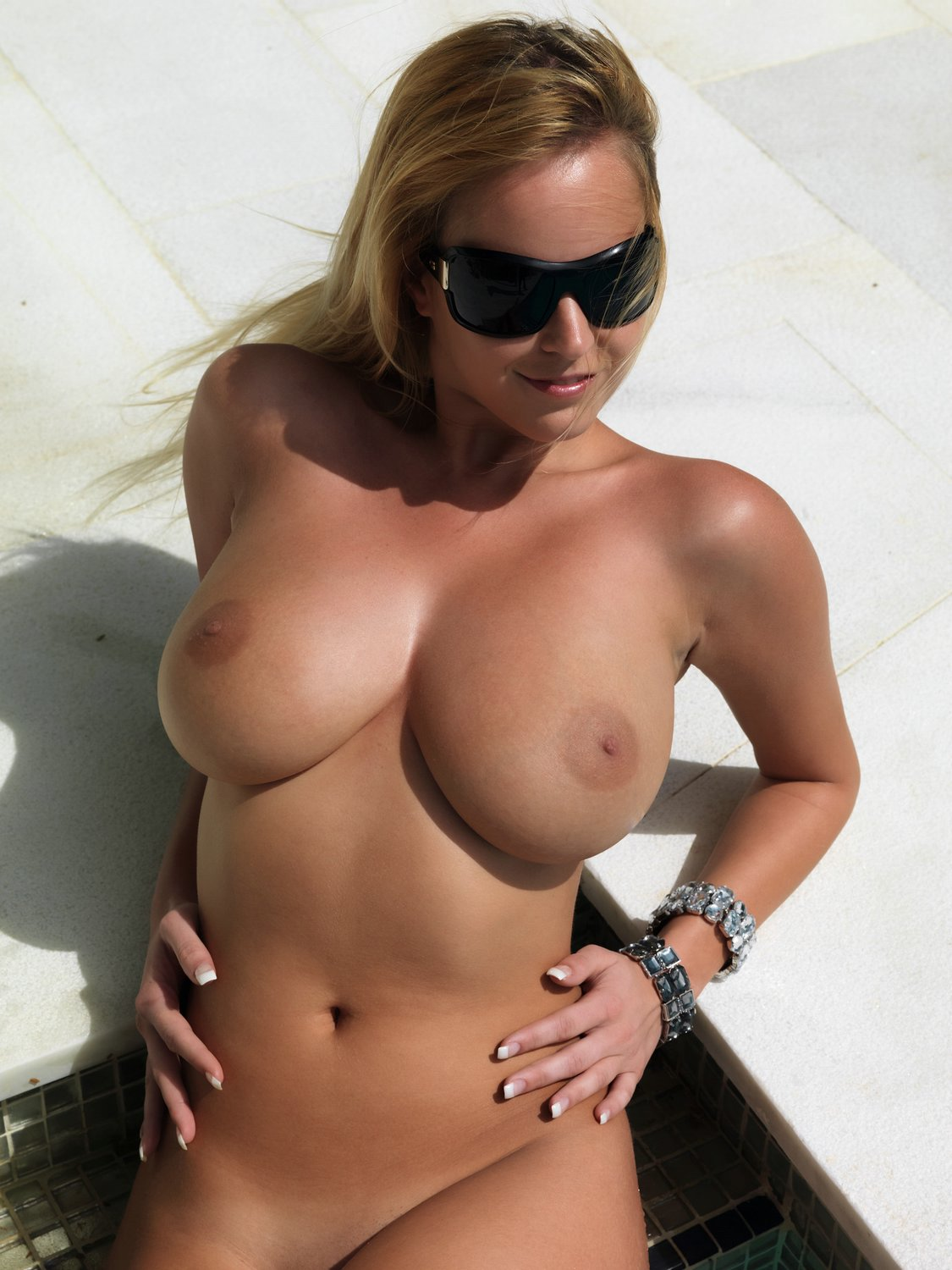 Offense reccomend hottest nude women ever