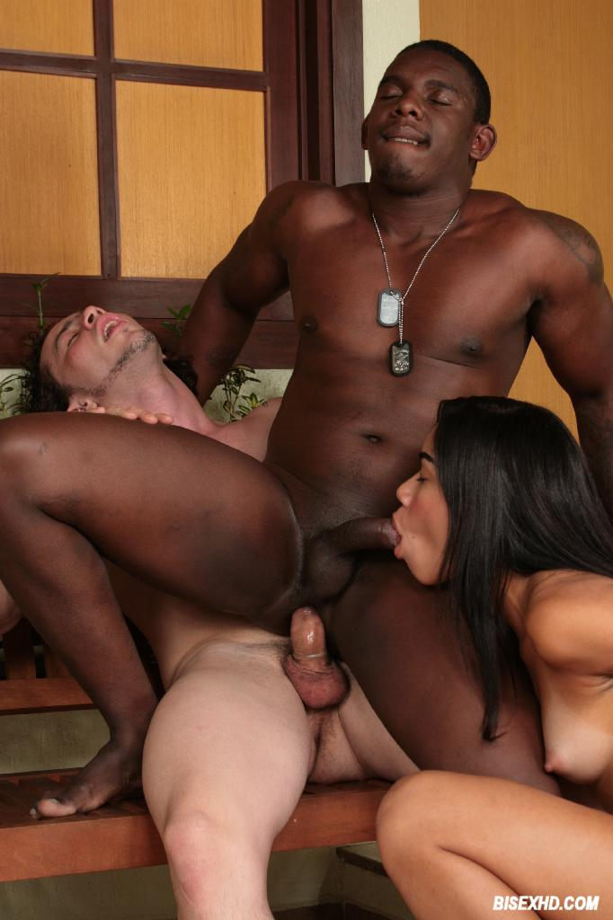 Mulberry recomended gangbang hunk