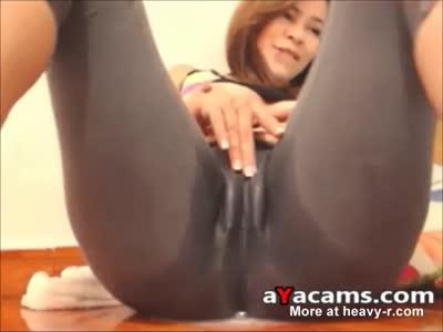 Squirting yoga pants
