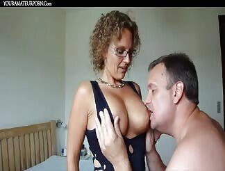 Mamsell reccomend Danish amateur housewife