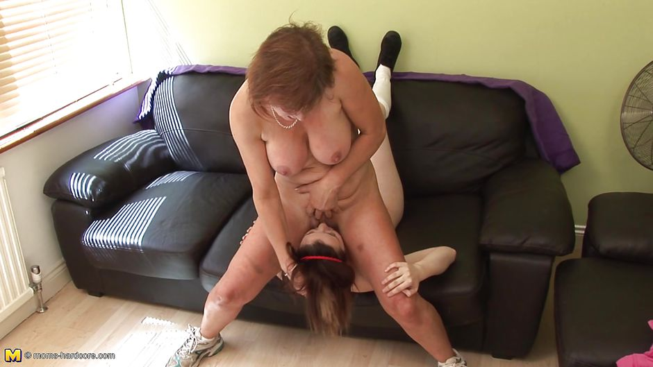 Art A. reccomend Hot women huge dildos