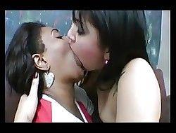 Amazing deepthroat lesbians