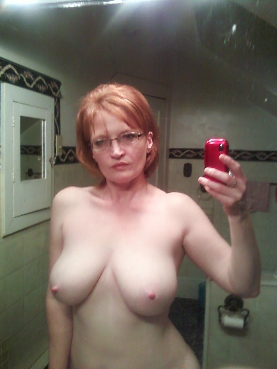 Chubby Milfs Taking Naked Picture In Mirror