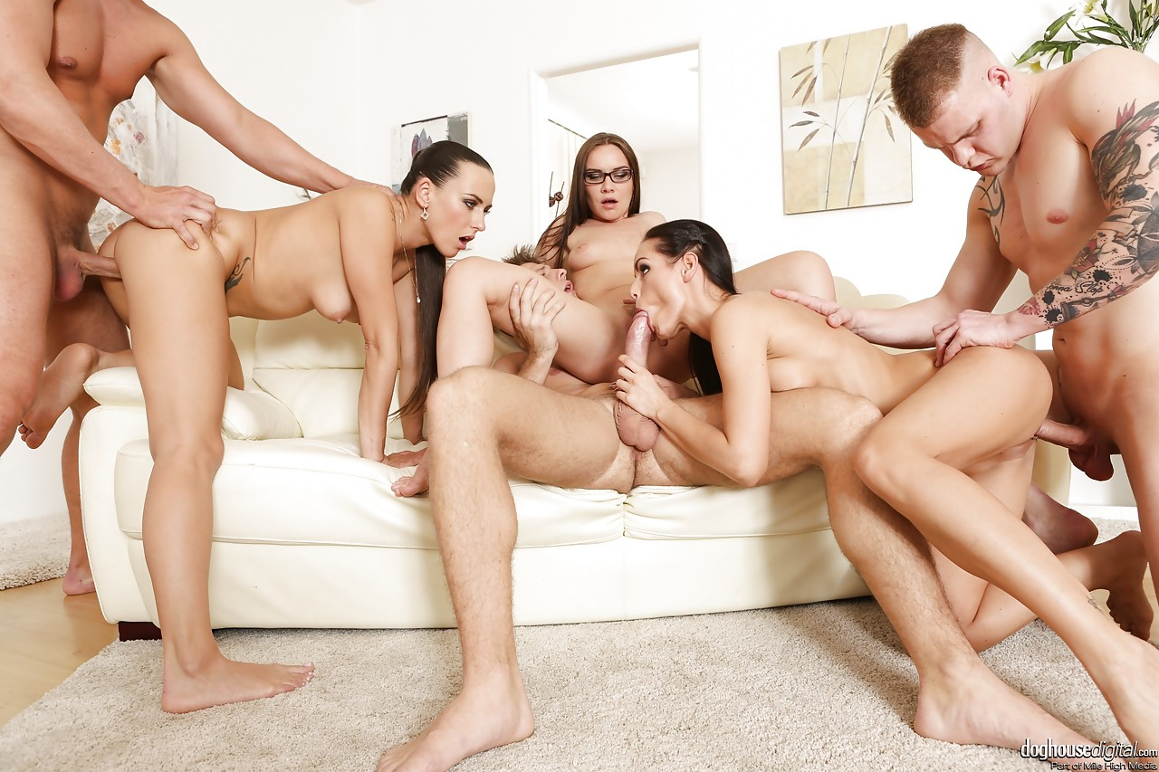 HB reccomend erotic naked blowjob cock orgy