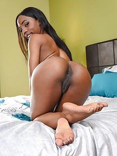 Koi reccomend Naked milf ass hole